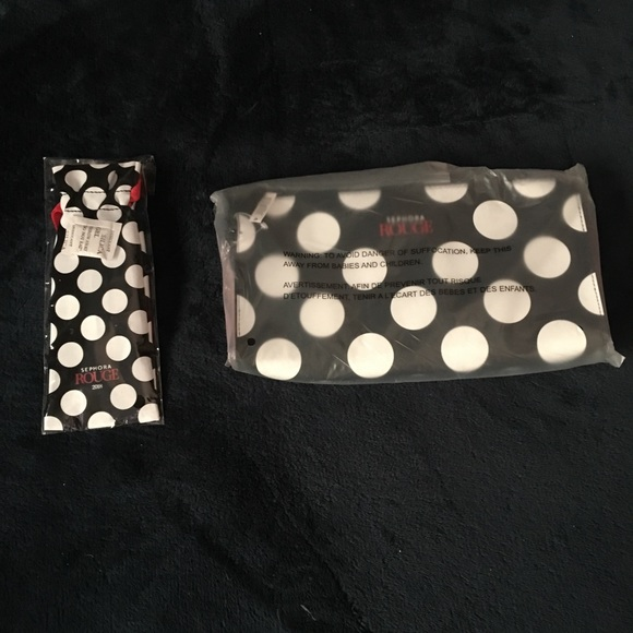 Sephora Other - Sephora Rouge clutch & brush with bag